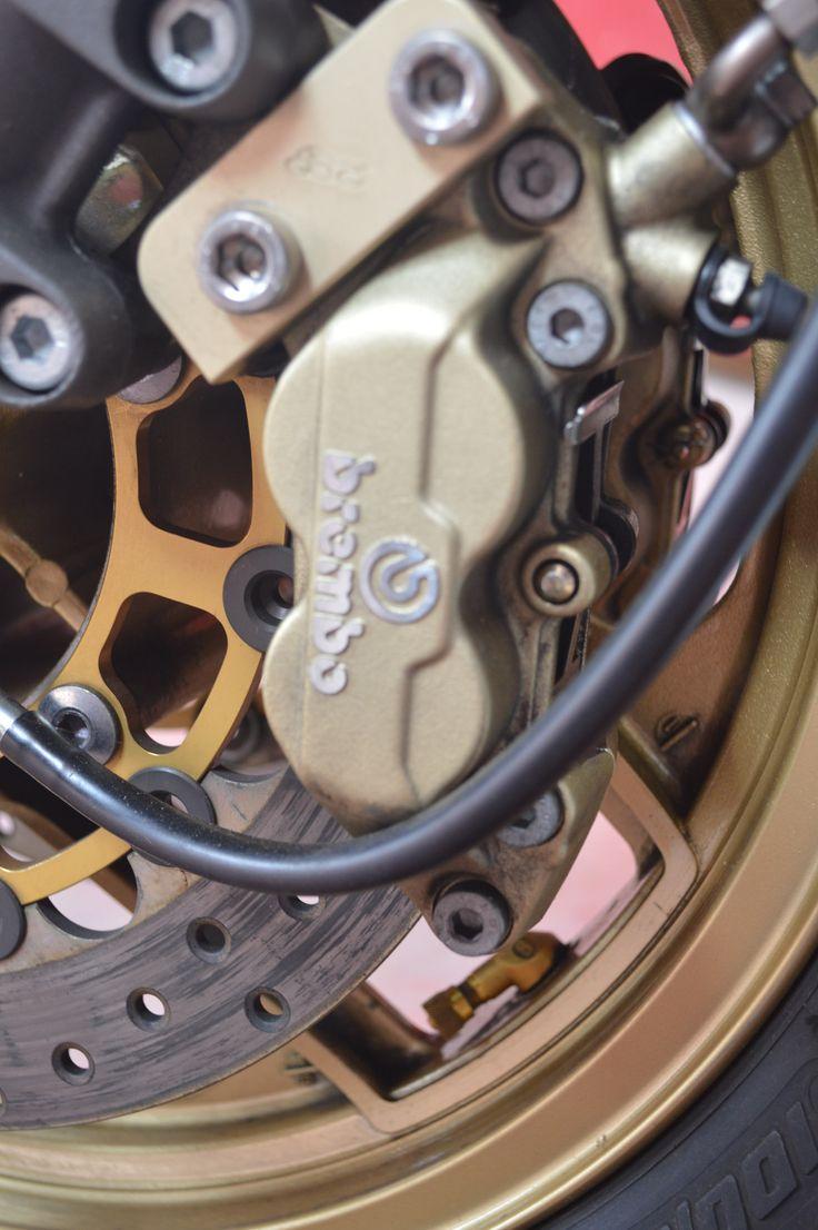 #Kawasaki 1100ZR préparée par Godier Genoud