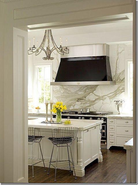 kitchens with calcatta marble | ... Gurus: Whiteout Wednesday: 5 White Kitchens with Calacatta Gold Marble