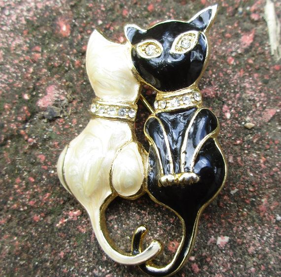 Cat Brooch Vintage Black and White Kitten Pin by PalmFrondJewelry
