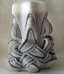 Řezaná svíčka 11 cm - bílá s černou