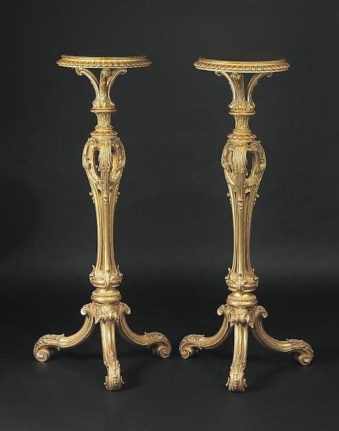 A Pair of George II Giltwood Torcheres in the Manner of Thomas Chippendale - Hyde Park Antiques, Ltd.