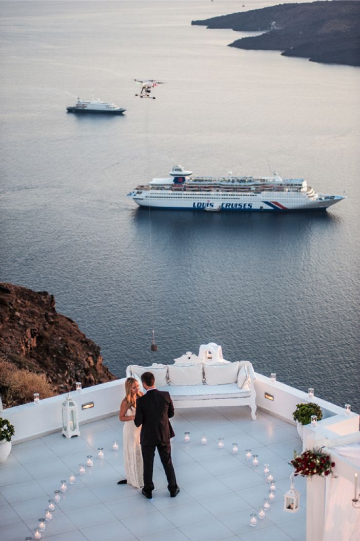 Incredible Proposal in Santorini