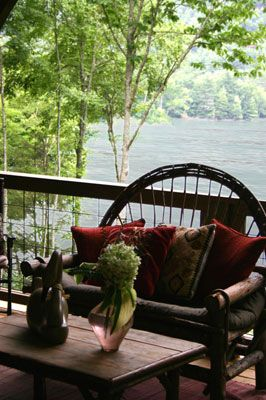 Lake Glenville NC - Great private lake front location
