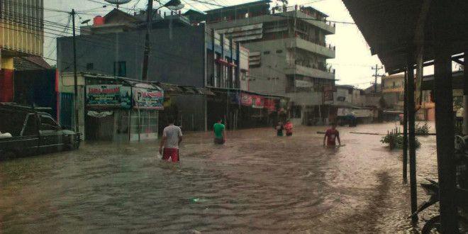 Pulau Timah Terendam #Banjir tetapi tak hanyutkan sikap tolong menolong yg jadi budaya warga #bangkabelitung