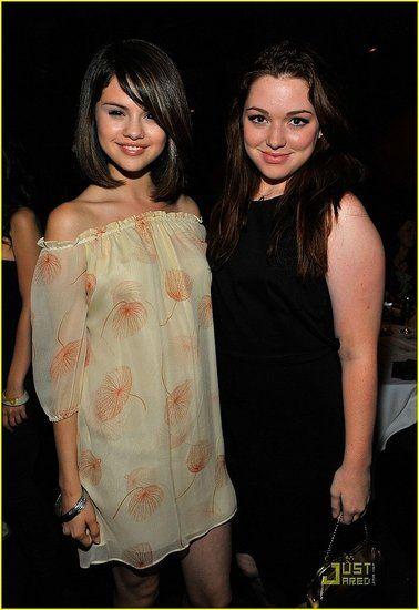 selena gomez and jennifer stone | Selena Gomez and Jennifer Stone arrive at the Raise Hope for the Congo ...