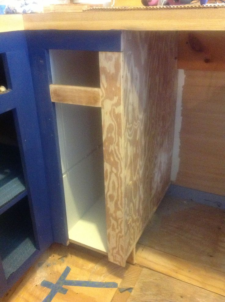 Kreg jig used to make pocket holes to reduce cabinet to for Building kitchen cabinets with kreg jig