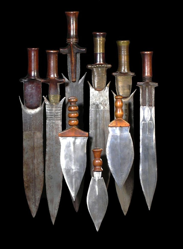 Fang collection s.jpg - African sword and knife - African Weapons