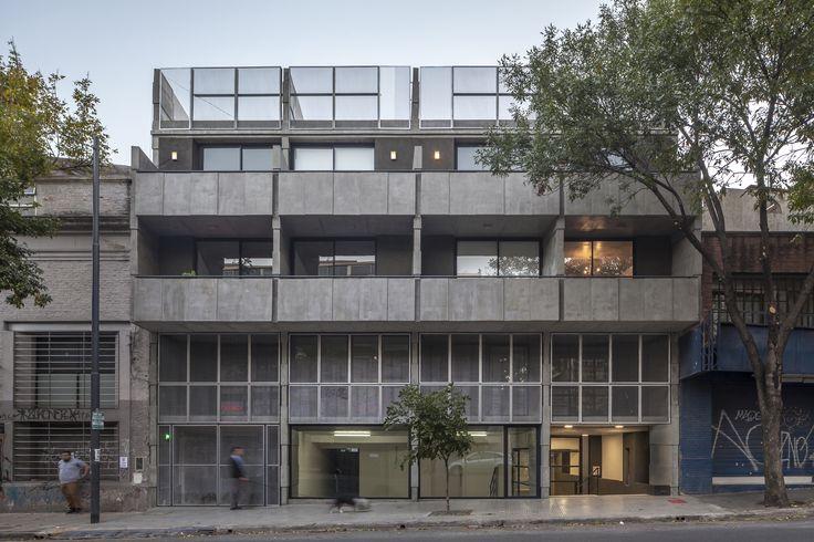 Vivienda Multifamilar Bolivar / Hitzig Militello arquitectos