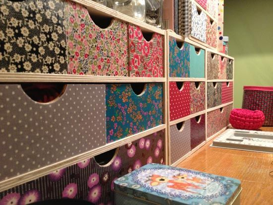 les 25 meilleures id es de la cat gorie rangement du papier de scrapbooking sur pinterest. Black Bedroom Furniture Sets. Home Design Ideas
