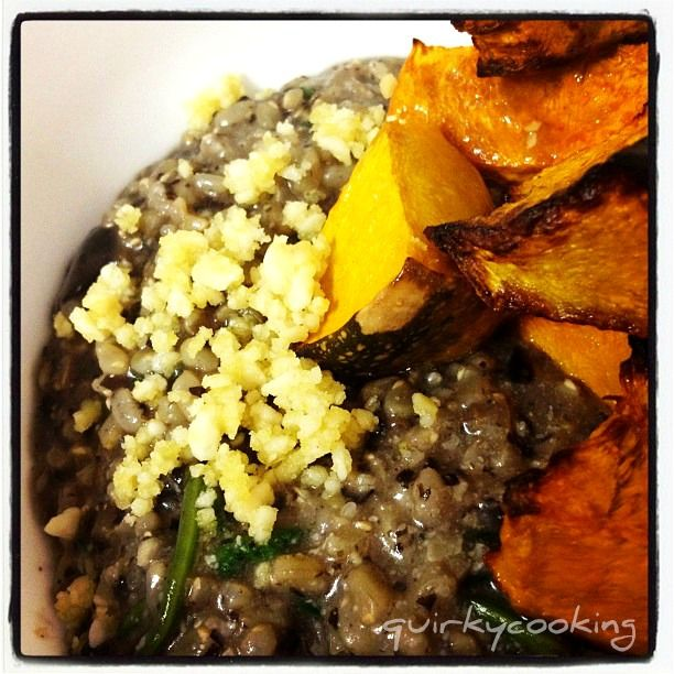 Quirky Cooking: Brown Rice Mushroom Risotto with Macadamia Cheese