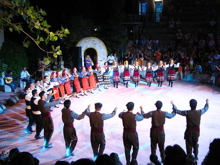 traditional Greek dancing. Learn Greek with us in the US and UK: http://www.cactuslanguage.com/en/languages/greek.php