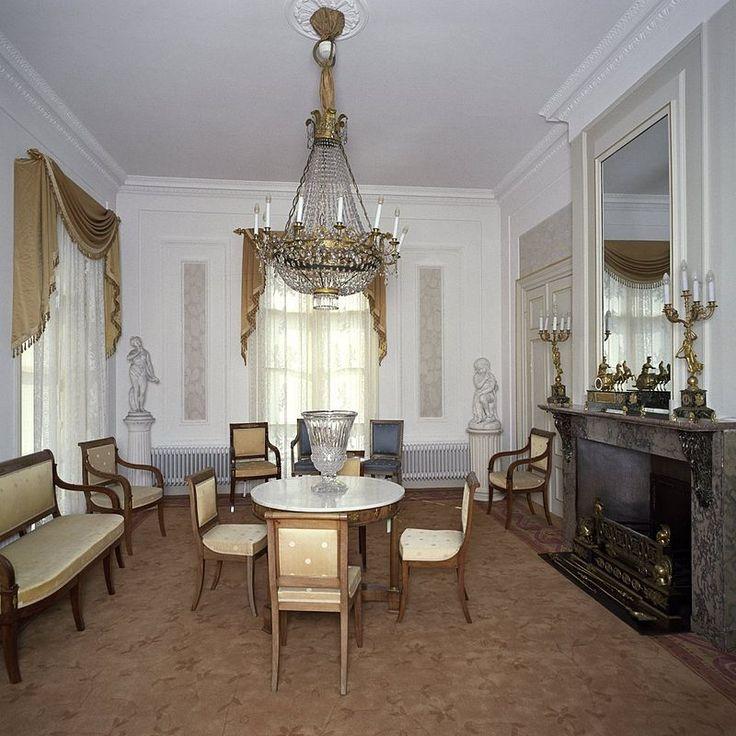 25 beste idee n over kleine eetkamer op pinterest. Black Bedroom Furniture Sets. Home Design Ideas