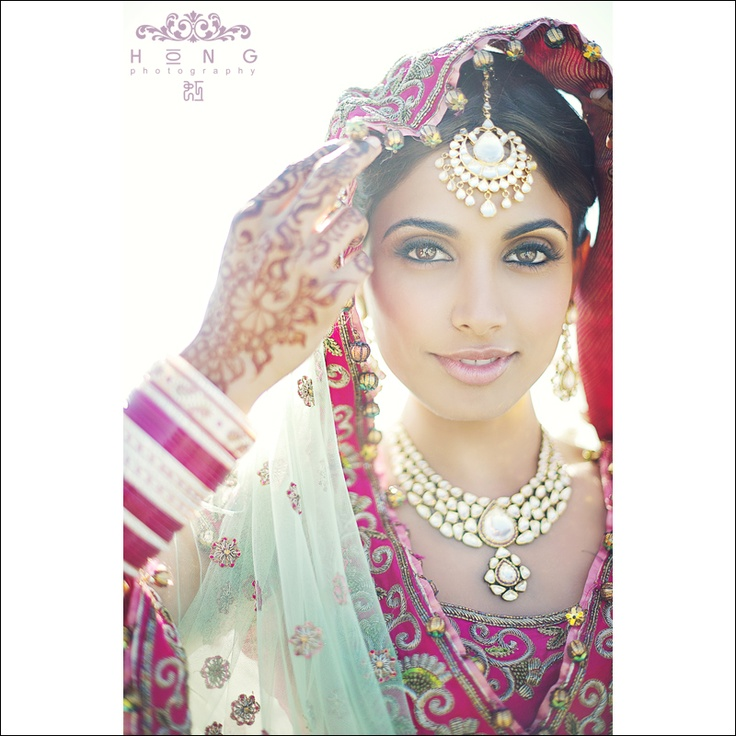 : Indian Weddings, Hong Photography, Indian Fashion, Bridal Jewelry, Asian Bride, Indian Bridal, Indian Bride, Photography Studios, Gorgeous Bride