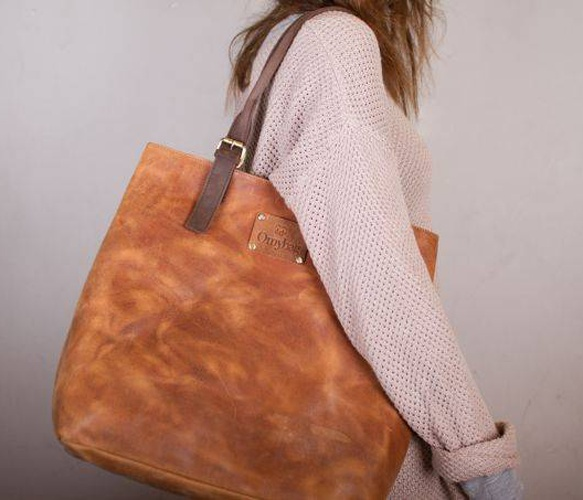 Posh Stacey Camel Bag Uncovet....A must have!