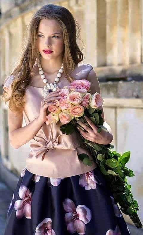 Ana Rosa ♡ ✦ ❤️ ●❥❥●* ❤️ ॐ ☀️☀️☀️ ✿⊱✦★ ♥ ♡༺✿ ☾♡ ♥ ♫ La-la-la Bonne vie ♪ ♥❀ ♢♦ ♡ ❊ ** Have a Nice Day! ** ❊ ღ‿ ❀♥ ~ Sun 23rd Aug 2015 ~ ❤♡༻ ☆༺❀ .•` ✿⊱ ♡༻ ღ☀ᴀ ρᴇᴀcᴇғυʟ ρᴀʀᴀᴅısᴇ¸.•` ✿⊱╮