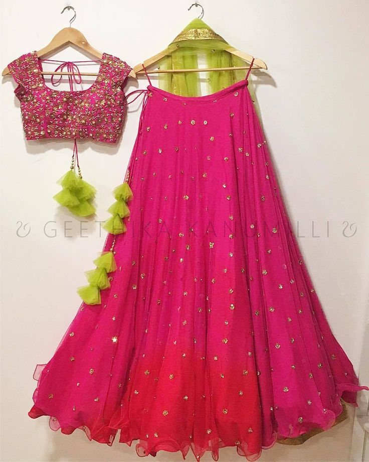 Stunning pink color lehenga and pink color designer blouse with green color net dupatta from Geethika Kanumilli. 09 October 2017