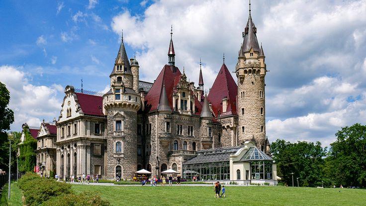 Castle in Moszna    #poland #castle #zamek #polska #moszna #disney #opolskie