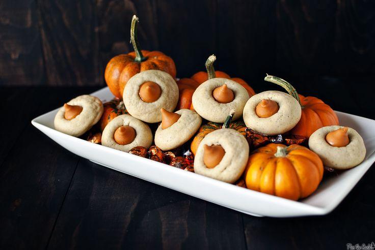 pumpkin chai cookies: Pumpkin Spices Cookies, Thumbprint Cookies, Hershey'S Kisses, Pumpkins, Spices Mixed, Cookies Recipes, Chai Pumpkin, Hershey Kisses, Spices Thumbprint