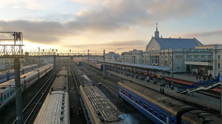 https://flic.kr/p/bcx3EK | Brest / Брэст (Belarus) - Train Station | This train station used to be the main railway gateway to the Soviet Union, and still most trains from Western and Central Europe to Moscow run through Brest. On these West-East-connections, there's always a stop of 2 hours in Brest for changing/adjusting the wheels for the wider gauge in the East.