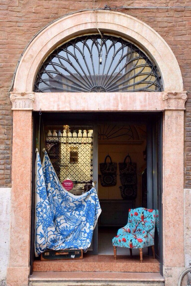 Il negozio Xiwikj a Verona in Corso Sant'Anastasia 29