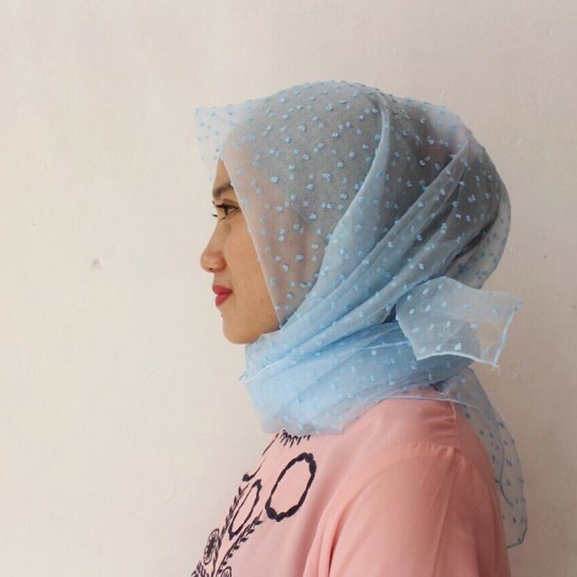 Saya menjual Hijab Organdi Bintik seharga Rp60.000. Dapatkan produk ini hanya di Shopee! https://shopee.co.id/veils/405067455 #ShopeeID