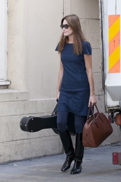 Carla Bruni Sarkozy arrives for her concert at the Cirque d'hiver in Paris.