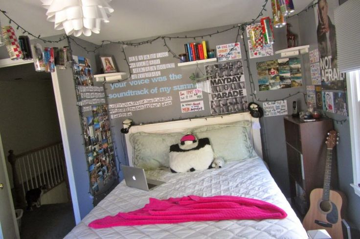 Bedroom Hipster Room Decor With A Room That Looks Trendy And Neat And Full Of Modern Furniture Hipster Room Decor Ideas