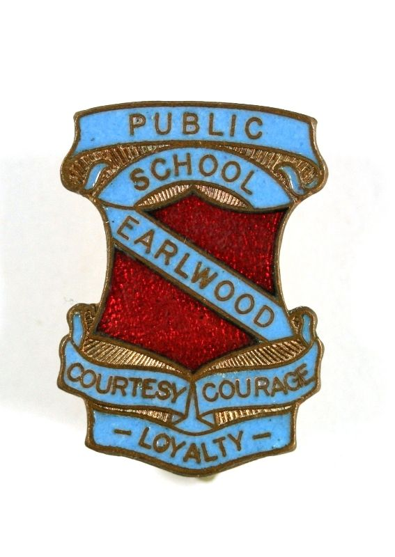 Earlwood Public School Badge