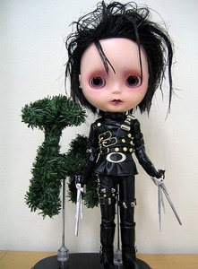 edward scissorhands: Johnny Depp, Scissorhands Blythe, Stuff, Blythe Dolls, Edward Scissorhands, Edward Scissors, Art Dolls, Scissors Hands, Hands Art