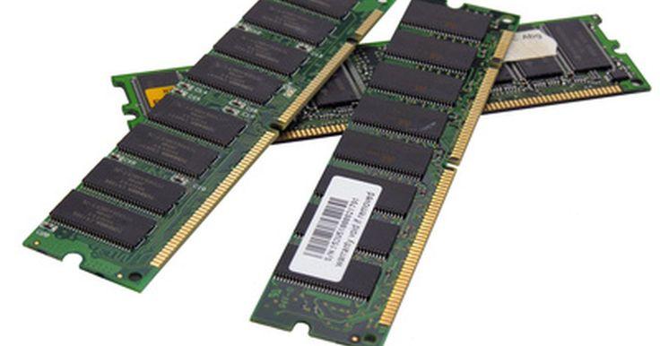Diferencias entre SDRAM y SODIMM. Las computadoras necesitan memorias, o RAM, para funcionar. RAM son las siglas en inglés de Memoria de Acceso Aleatorio, que hace referencia al método de acceso. No importa la velocidad del CPU, una computadora con muy poca memoria será lenta. Más memoria hace que la computadora sea más rápida.