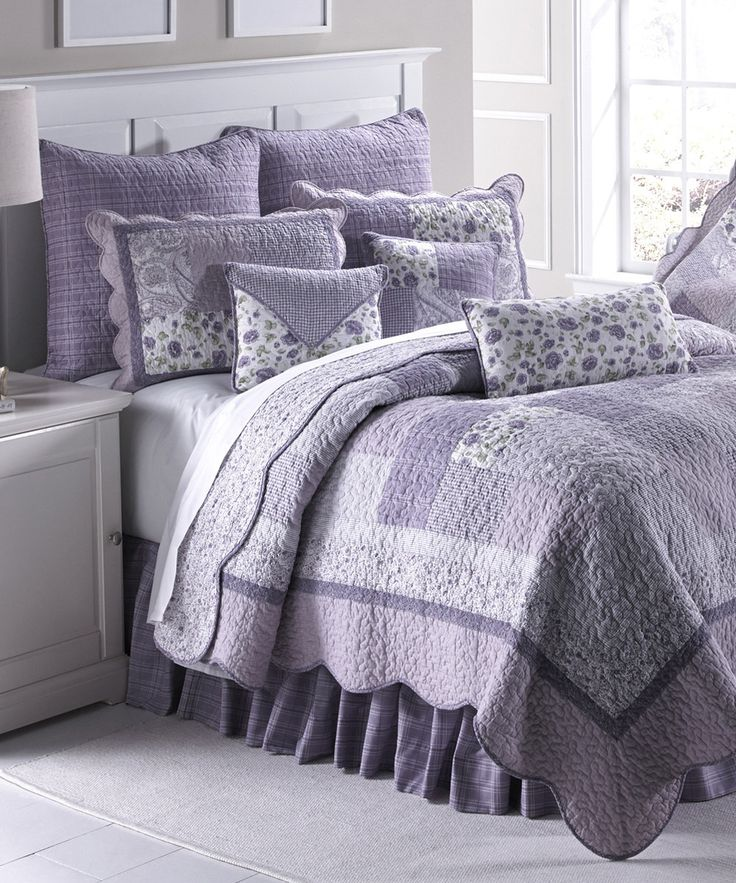 look at this lavender rose quilt set on zulily today