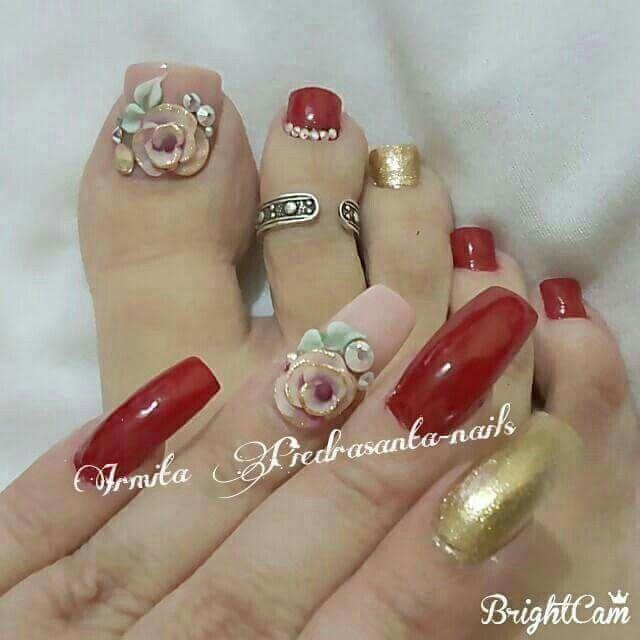 Rosa, rojo y dorado