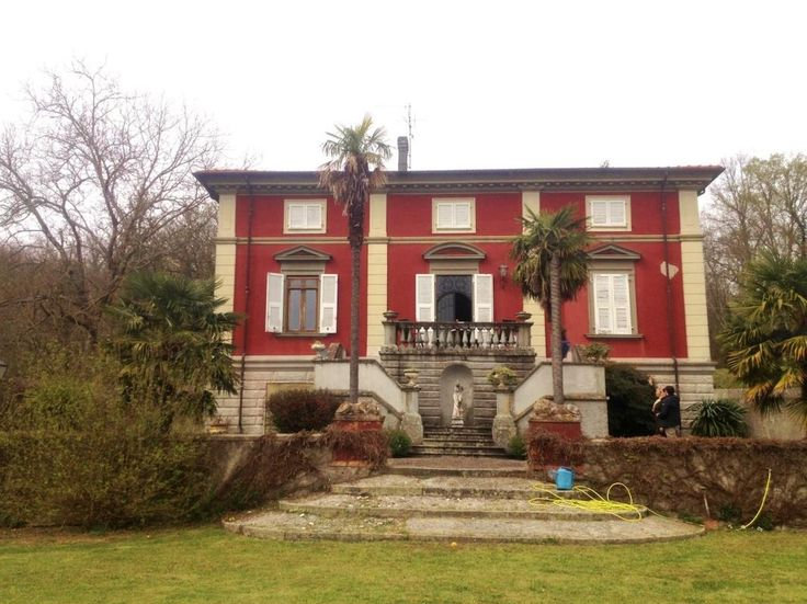 XVIII century villa with internal pool Ref VIL0019, Licciana Nardi, Tuscany. Italian holiday homes and investment property for sale.