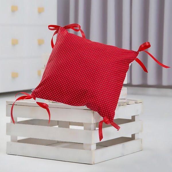 """Вот она, изюминка! Декоративная подушечка из такой ткани будет отличным и ярким дополнением к вашей постельки!  ~~~~~~~~~~~~~~~~~~~~~~~~~~~ """"Красная ткань в горошек""""  Ткань: польская бязь (хлопок 100%) Можно сделать: ~ в любом размере ~ с любым рисунком ~ с декоративными подушками Доставка: по Украине ~~~~~~~~~~~~~~~~~~~~~~~~~~~ Пишите в Direct @SpiSladkoSladko Звоните 096 390-83-94 Ирина (есть Viber) ~~~~~~~~~~~~~~~~~~~~~~~~~~~ #spisladkosladko #spisladko #списладко"""