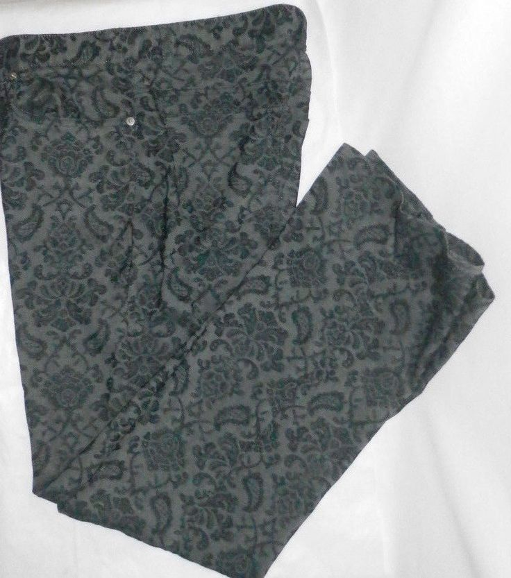 The color is gray with black paisley. | eBay!
