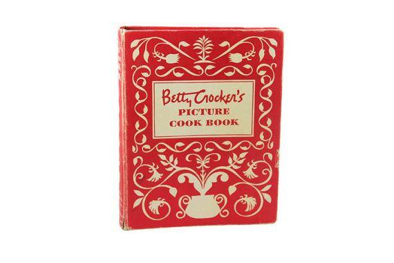 Betty Crocker's Picture Cook Book, First Edition, Binder. Vintage 1950s Mid Century Midcentury Cookbook