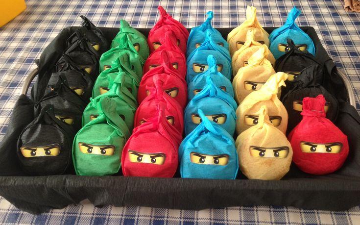NinjaGo! Traktatie, party at school :-) voor Sven zijn 7e verjaardag!