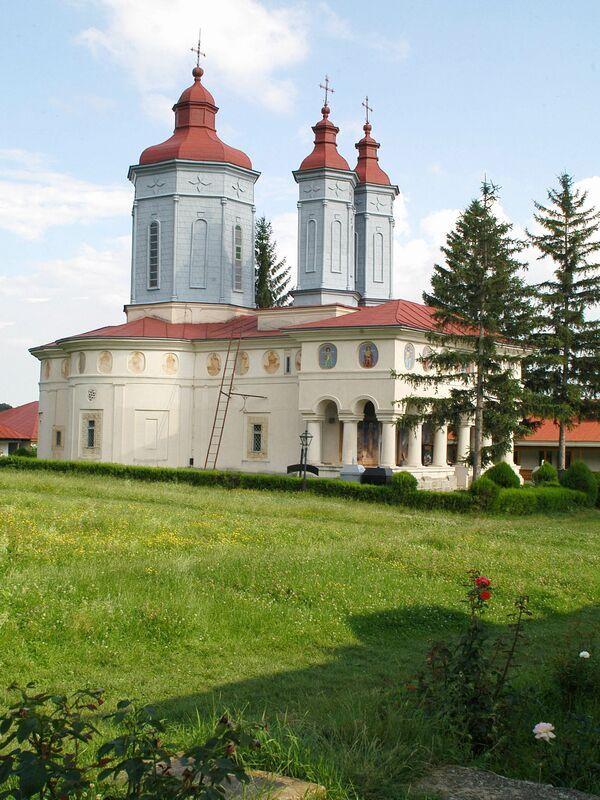 DESTINAȚIE: ROMÂNIA/ Mănăstirea Ciolanu (Buzău), una dintre cele mai cunoscute așezări monahale din România – AGERPRES