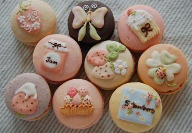 macarons..<3