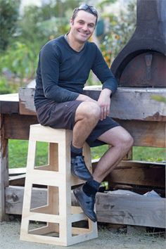 Plywood Bar Stool - WoodWorking Projects & Plans