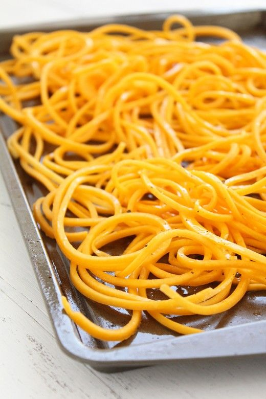 Butternut Squash Noodles Recipe. 400 degrees, 17 min . Spirilize squash, lay Out on cookie sheet sprinkle salt, pepper and coconut oil.