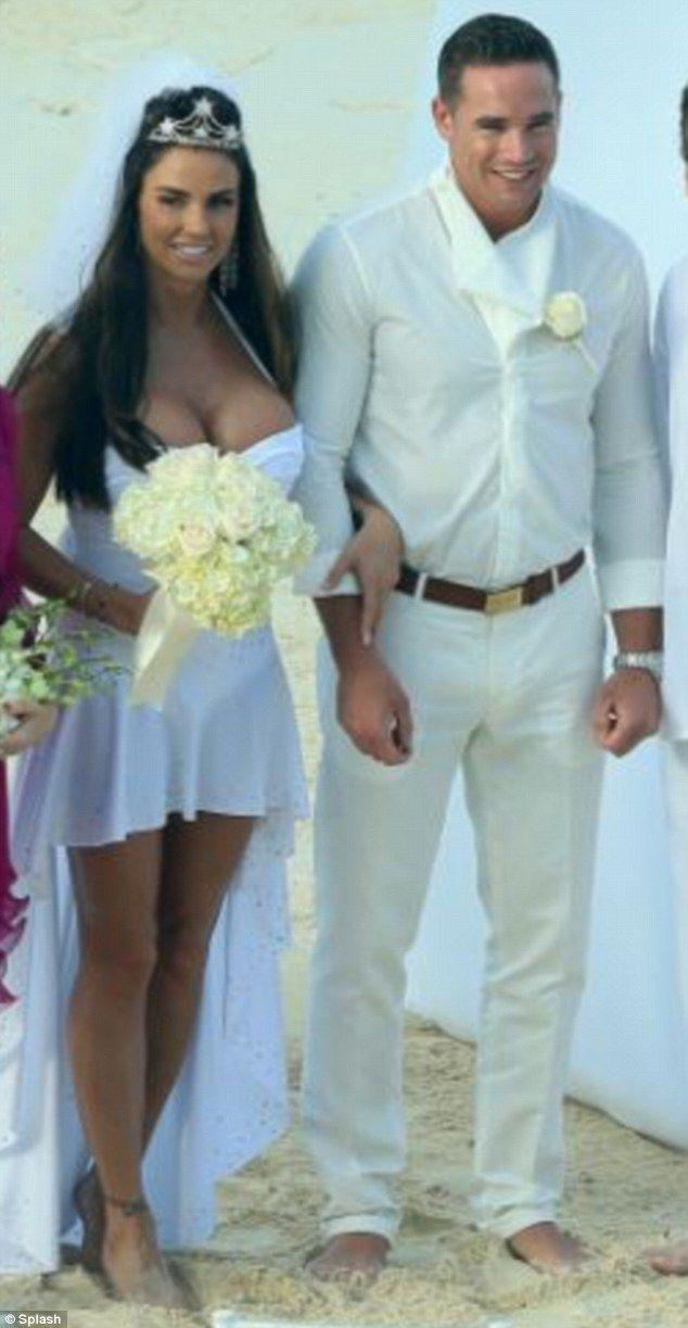 Girls Wedding Dress Falls Off - Wedding Fail - video ...