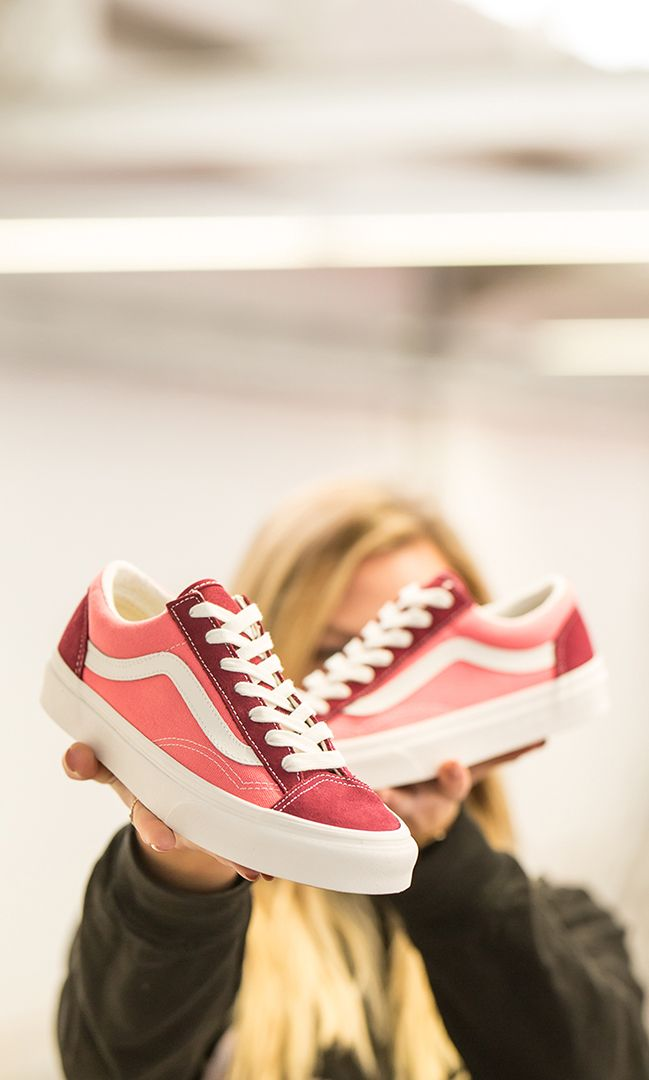 This Vans Vintage Sport Style 36 is a low top lace up shoe