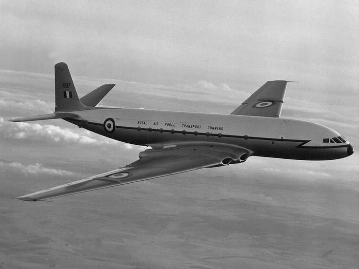 De Havilland Comet The World's first passenger jet.