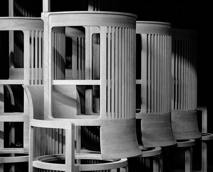 Frank Lloyd Wright, Barrel chairs in the Cassina workshop, Italy