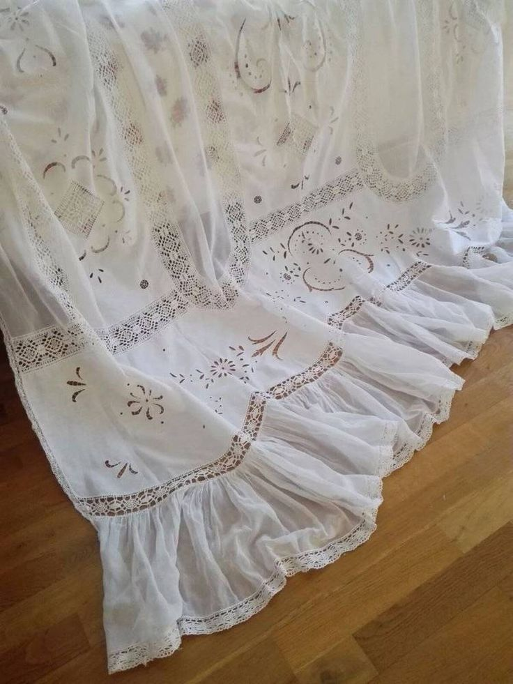 ca. 1920 ~ Amazing Italian Embroidered BedCover / Bedspread ~ Ruffles & Laces