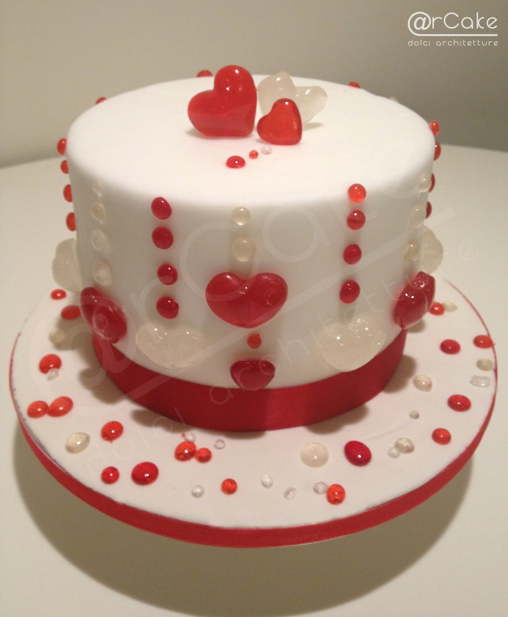 cake for valentine's day - isomalt decoration  http://www.facebook.com/pages/rcake/275124219229785  www.arcake.it
