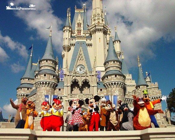 Disneyland Paris. Ofertas únicas y exclusivas para tu viaje a #Disneyland París. Una auténtica aventura para todas las edades en #Eurodisney donde vivirás una experiencia inolvidable. Descubre nuestra increíble oferta para Disneyland París en Felices Vacaciones http://www.felicesvacaciones.es/oferta-disneyland-paris-oferta-4x3-y-descuento-20-aniversario-1003/