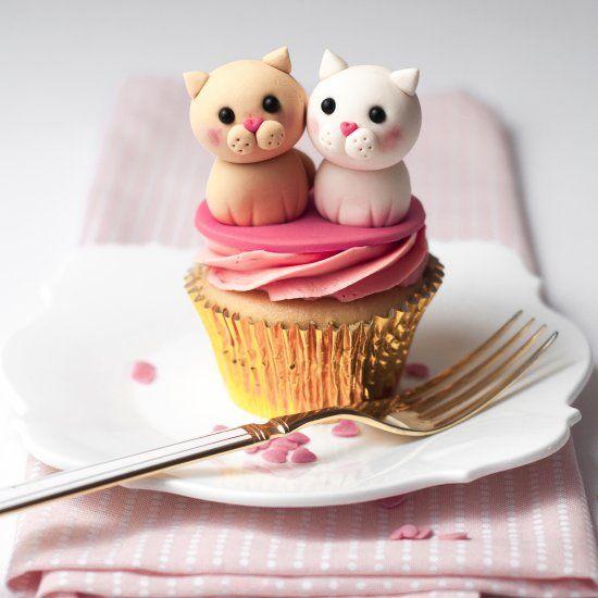 Valentine's Cupcake Tutorial, thanks so for sharing xox ☆ ★   https://uk.pinterest.com/peacefuldoves/