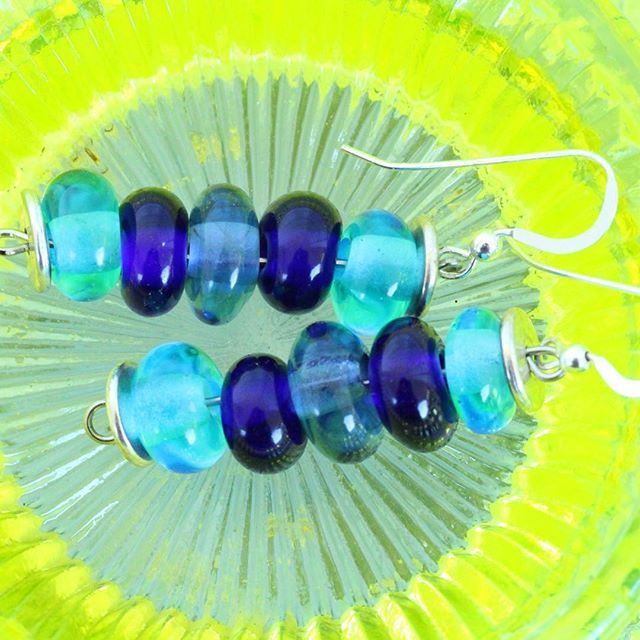 Playing round with some glass bead earrings. Love the blue glass beads on the green cut glass. Check out the link above to see more glass bead beauties.